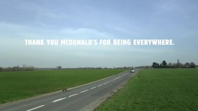 Burger King'den McDonald's'a teşekkür reklamı