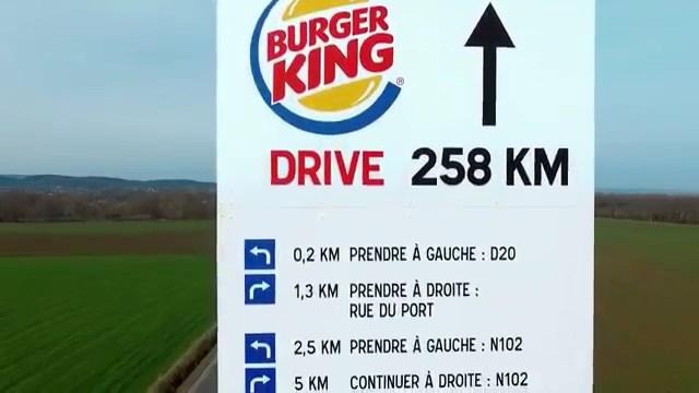 McDonald's'dan Burger King restoranına gitmek isteyenler için yol tarifi